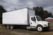 2006 Freightliner Business Clas
