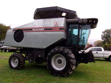 Used 1994 Gleaner R6