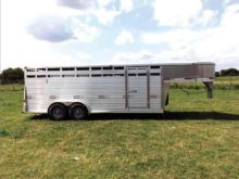 W-W Trailer BRIGHT LINE STOCKMA