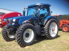 2005 New Holland TS135A