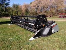 Used Gleaner 520 in