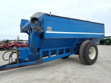 Used Kinze 600 in Je