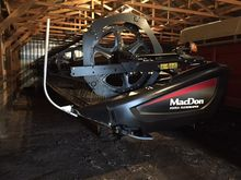 2014 MacDon Industries FD75S