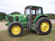 2007 John Deere 7330