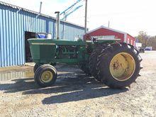 Used John Deere 4520