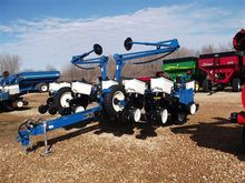 New 2017 Kinze 3200