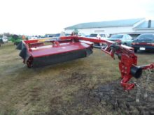 2011 New Holland H7330
