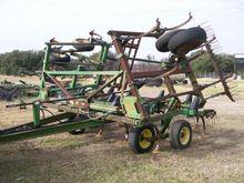 Used John Deere 610