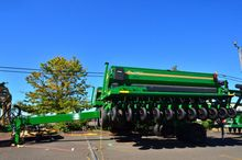 2014 Great Plains 2S2600HDF