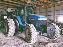 2000 New Holland 8670