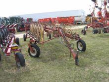 Used Hesston 3983 in