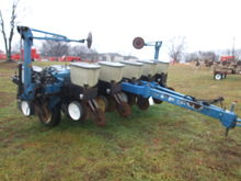 Used Kinze 2000 in B