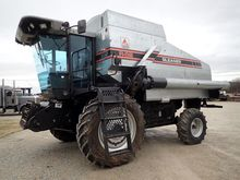 Used 1995 Gleaner R6