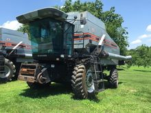 Used 1993 Gleaner R6