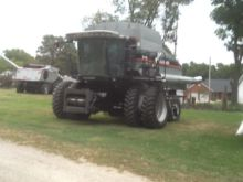 Used 2006 Gleaner R7