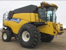 2013 New Holland CR8080