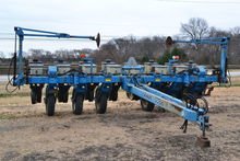 Used Kinze 2200 in R