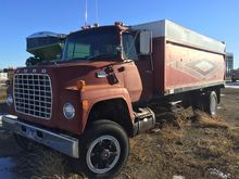 Used 1981 Ford 8000