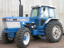 1987 New Holland TW25