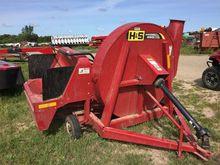 Used 2011 H&S 860 in
