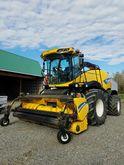 2014 New Holland FR700