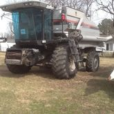 Used 2001 Gleaner R6