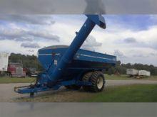 Used 2002 Kinze 1050