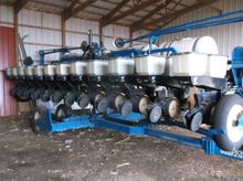 Used Kinze 2600 in R