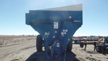 Used Kinze 1040 in S