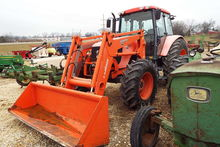 Used Kubota M125X in