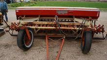 Melroe 200 Grain Drill
