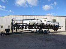 Used Kinze 3600 in W