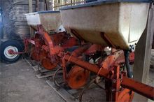 1984 Allis-Chalmers 4-Row Side