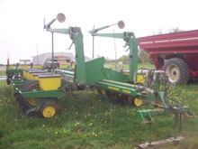 Used John Deere 7200
