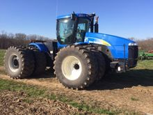 2011 New Holland T9050