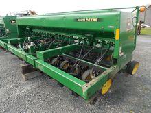 1993 John Deere 750