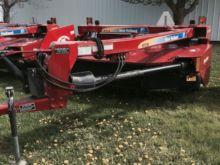 2011 New Holland H7230