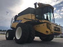 2013 New Holland CR8090