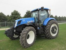 2015 New Holland T7.230