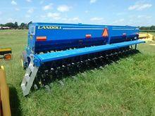 2013 Landoll 5210