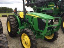 2015 John Deere 5075E