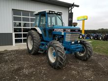 Used 1990 Ford 7710