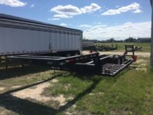 1999 Kent Mfg. Combine Trailer