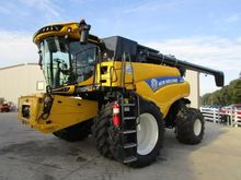 2015 New Holland CR7090