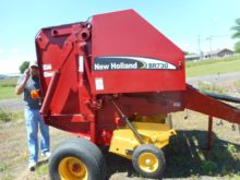 New Holland BR730