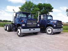 1995 Ford 8000