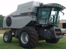 2009 Gleaner R65