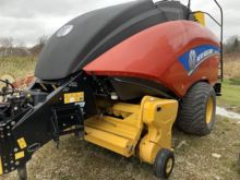 2015 New Holland BIG BALER 330P