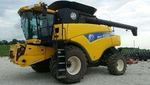 2010 New Holland CR9040