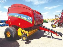 2016 New Holland BIG BALER 340